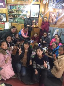 Kristel Ouwehand - Tibetan girls' art camp