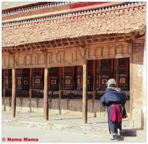 Buddhist religious rituals